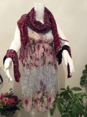 Missoni Schal und Handschuhe