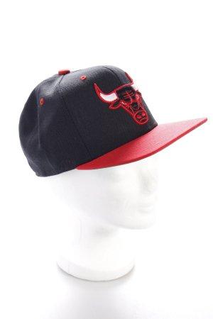 Mitchell & Ness Basecap schwarz-rot Logo-Applikation