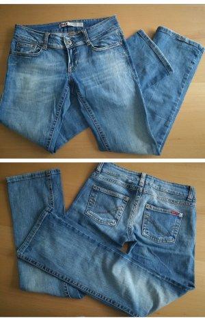 Mittelblaue Jeans