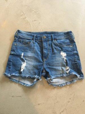 Mittelblaue Jeansshorts // H&M