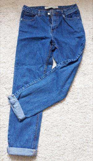 Mittelblaue Mom-Jeans
