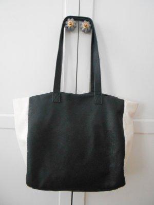 Mittelgoße Handtasche in schwar/weiß