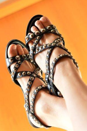 MIU MIU 37,5 Sandalen Nieten Leder Gladiatoren OVP