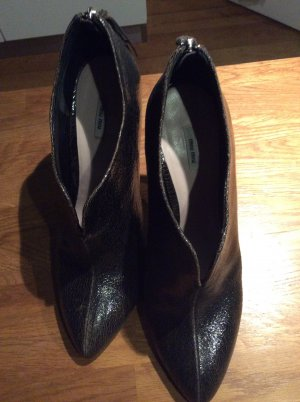 Miu Miu Ankle Boots cream-black