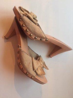 Miu Miu Sandalo con tacco sabbia Lino