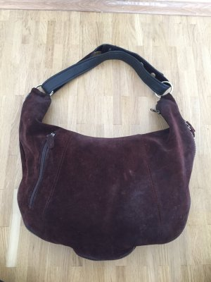 Miu Miu Hobo Bag aus Wildleder