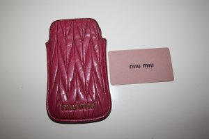 Miu Miu Étui pour téléphone portable rouge framboise-magenta cuir