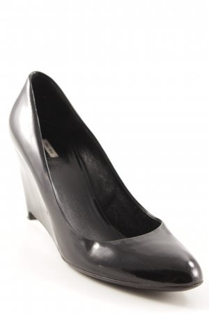 Miu Miu Keil-Pumps schwarz Elegant