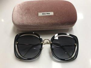 Miu Miu Oversized Sonnenbrille