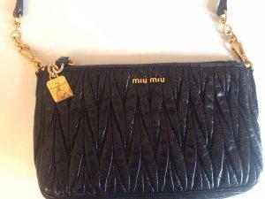 MIU MIU schwarze Abendhandtasche