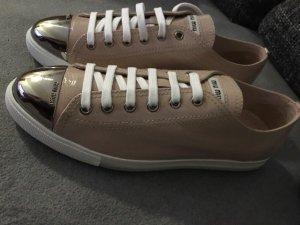 MIU MIU Sneaker Nude Lack NEU Gr. 40,5