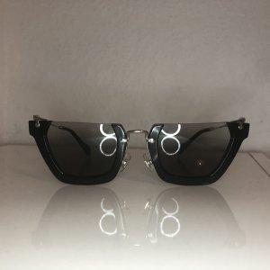 Miu Miu Gafas mariposa negro-color plata