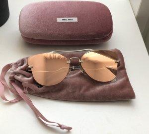 Miu Miu Sonnenbrille mit verspiegelten Gläsern in Roségold