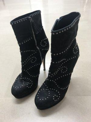 Miu Miu Stiefelette - Nieten