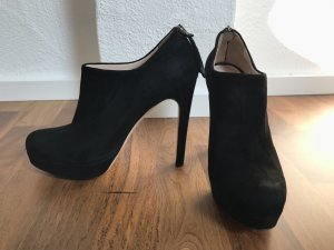 Miu Miu Stiefelette schwarz Velour Gr. 39 wie neu