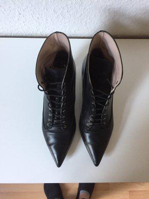Miu Miu Stiefeletten schwarz echt Leder ankle Boots Gr.37