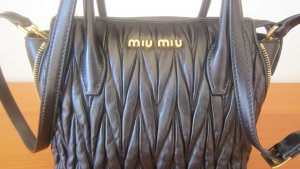 MIU MIU Tasche A Mano Matelassé , schwarz