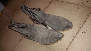 MJUS Stiefel grau gr 38