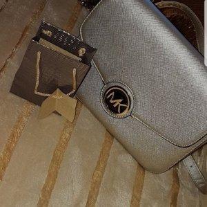 MK Handtasche + Geschenk