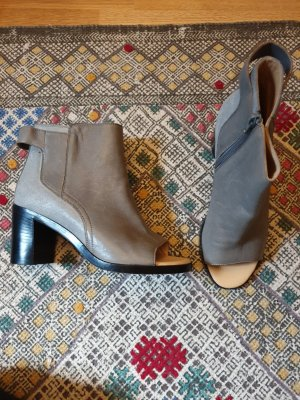 Maison Martin Margiela Peep Toe Booties black-grey