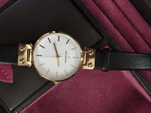 Reloj negro-color oro