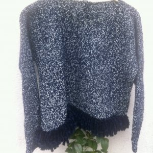 Modell: designed/ made by myself: shortPullover m Samtflares