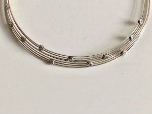 Modern Art 925 Silber Collier Bergkristall Edelsteine facettierte Kristalle Juwelierstück Meisterpunze