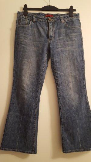 Jeans svasati blu
