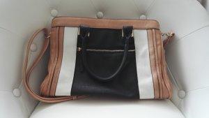 Moderne dreifarbige Handtasche mit goldenen Elementen