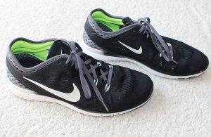 Moderne Nike Free TR FIT 5 Laufschuh