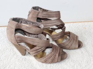 Moderne Riemchen High Heels