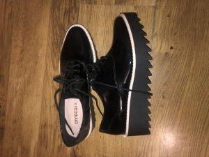 Moderne Schuhe von H&M