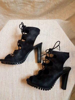 Moderne schwarze Schnürpumps Gr. 37