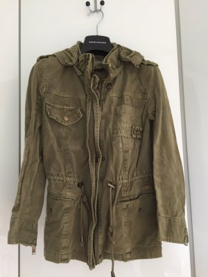 moderne Zara Jacke im Militär Style