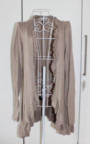 Moderner Cardigan mit Rüschen