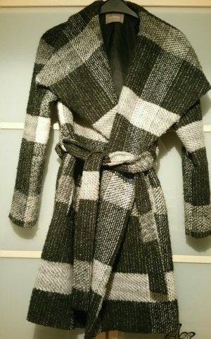 Moderner Mantel von Orsay