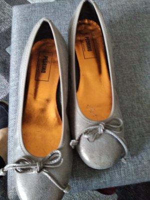 Slippers light grey