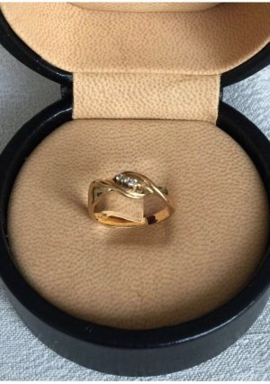 Moderner Ring mit 3 Diamanten, 18 k Gold, 750