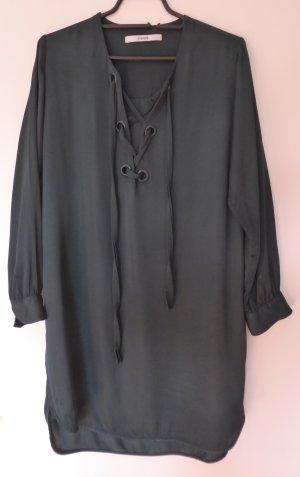 Modernes Hemdblusen-Kleid in Flaschengrün