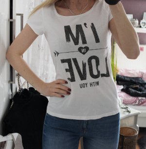 "Modernes T-Shirt mit Aufschrift ""I'm in Love with you"""