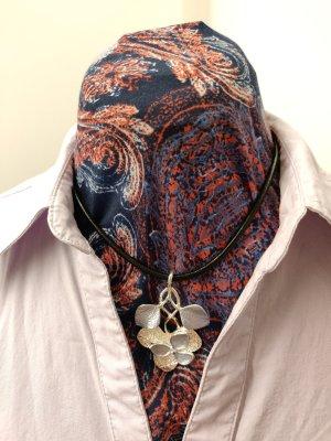 Modeschmuck, Blätterranke, silber & blau, kurz, Lederband, neu