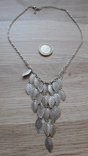 Modeschmuck Halskette silbern Blätter Statement