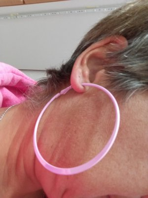Ear Hoops light pink