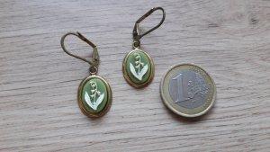 Modeschmuck Ohrringe Ohrhänger grün weiß gold Maiglöckchen Romantik