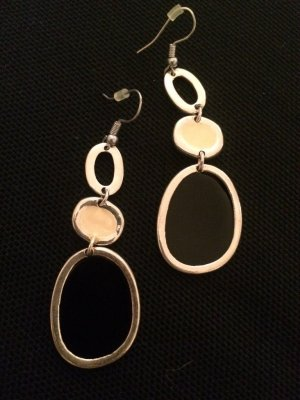 Modeschmuck Ohrringe schwarz-weiß