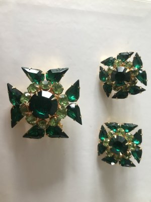 Pendientes de clip verde vidrio