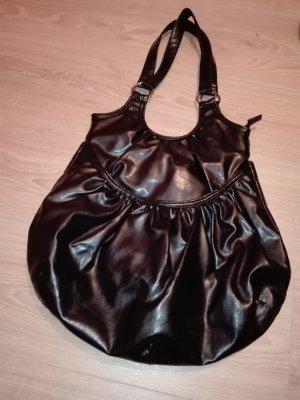 Modische Handtasche in schwarz