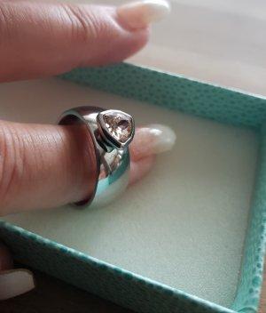 Modischer Edelstahl Ring mit rosa Steinchen