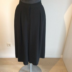 Modischer Hosenrock / Culotte schwarz