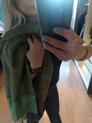 modischer oversized Schal